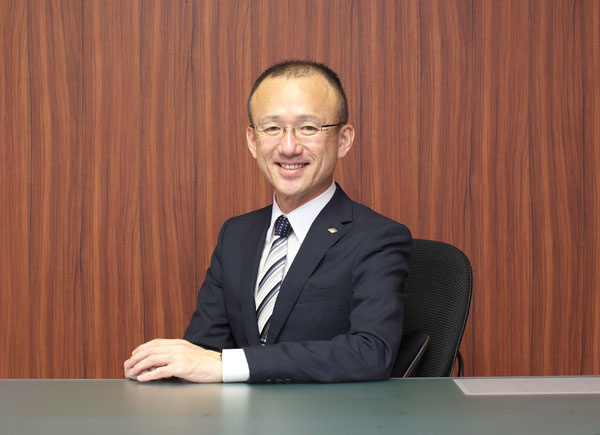 代表取締役 宮本 活秀(写真)