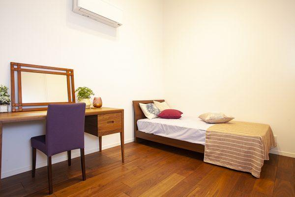 仕切られたそれぞれのスペースは、 子どもの個性に合わせて家具などを配置。 それぞれに違うイメージに仕上がります。